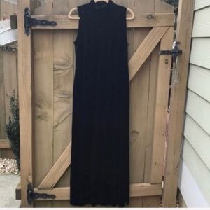 Long Black Velour Maxi Dress - Sz 14/16